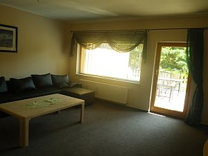 FeWo Wohnzimmer Couch