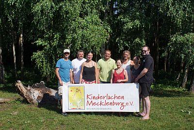 Mitglieder des Kinderlachen e.V. 2016 Paddeltour